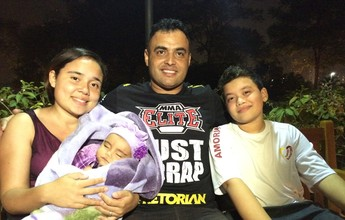 """Inspirado em Belfort, pai nomeia filhos de Vitor e Vitória: """"Ele é um exemplo"""""""