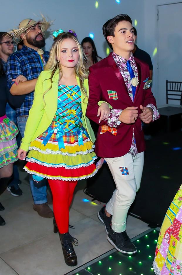 Thomaz Costa e Larissa Manoela (Foto: Manuela Scarpa/Brazil News)