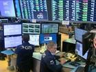 Bolsas de Valores de São Paulo e de Nova York após da de fortes quedas