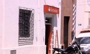 Agência bancária é alvo de tentativa de furto neste domingo