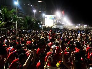 Bloco Empolga as 9 fez foliões lotarem a praia de Ipanema (Foto: Raphael Braga | Riotur)