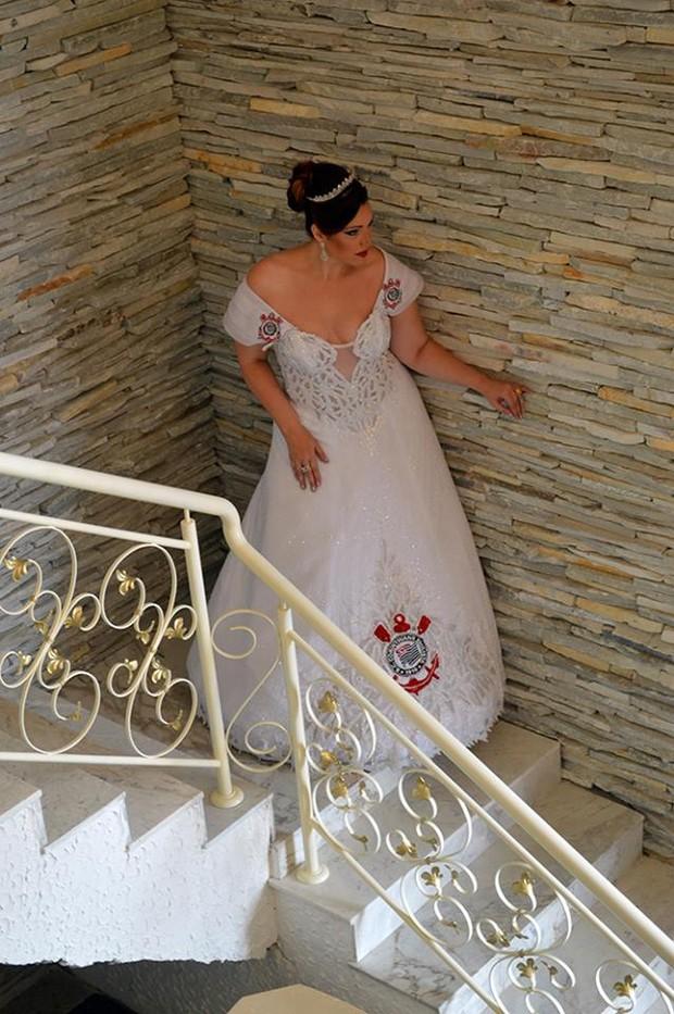 Vestido de noiva do Corinthians (Foto: Andrey / Divulgação)