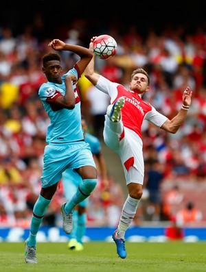 BLOG: Fique de olho: aos 16 anos, Reece Oxford se destacou em duelo contra o Arsenal