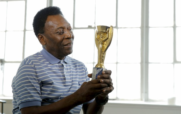 BLOG: Dores no joelho fazem Pelé cancelar novamente vinda aos Jogos do Rio