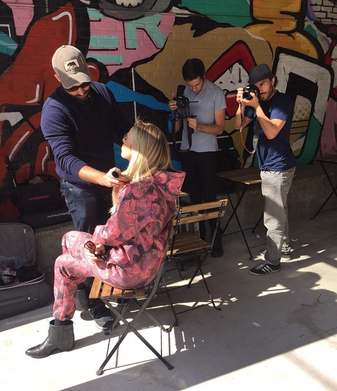 Ensaio de Fernanda Keulla teve a streetart do Brooklyn, NY, como pano de fundo (Foto: Divulgação)