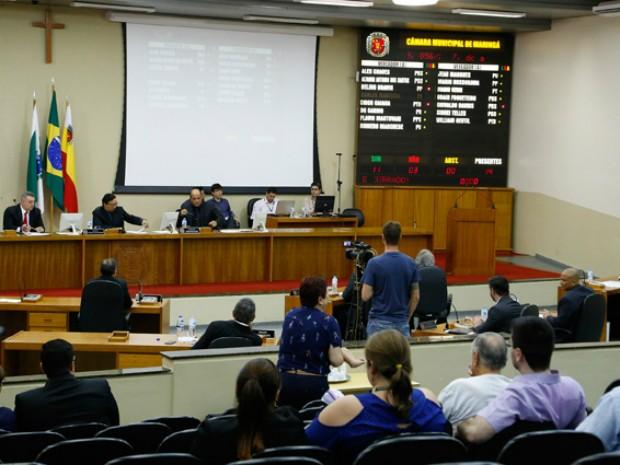 Emenda que altera horários das sessões da Câmara de Vereadores de Maringá foi aprovada em primeira discussão (Foto: Câmara de Vereadores de Maringá/Divulgação)