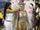 Ex-rainha de bateria, Thatiana Pagung aparece mais cheinha na Sapucaí