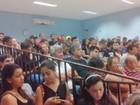 Universitários protestam na Câmara contra o fim do auxílio transporte