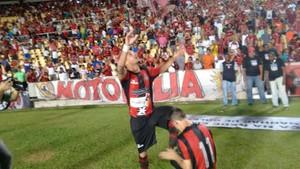 Marcos Paulo marca gol de empate no Castelão (Foto: João Ricardo / Globoesporte.com)