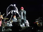 Anthony Kiedis é hospitalizado e Red Hot Chili Peppers cancela show