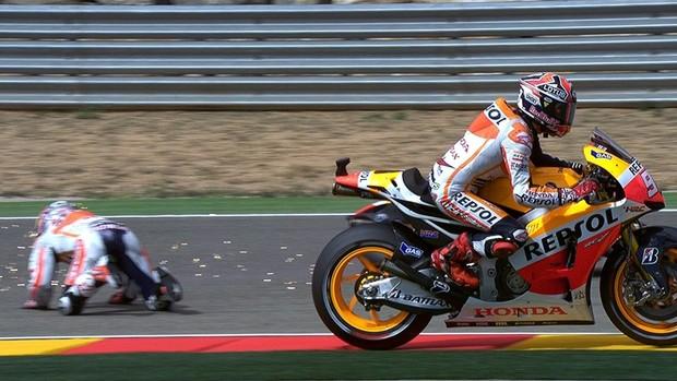 Marc Márquez Dani Pedrosa acidente Honda MotoGP Motovelocidade Aragon (Foto: Divulgação MotoGP)