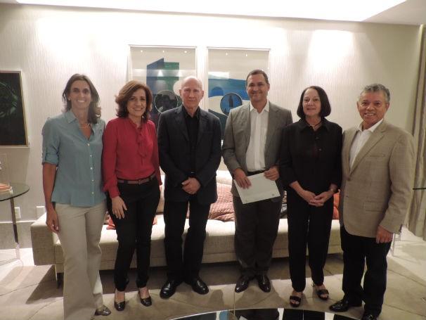 Presidentes da Rede Gazeta recebem Sebastião Salgado, Lélia Salgado e Mirian Leitão (Foto: Bruna Borjaille)