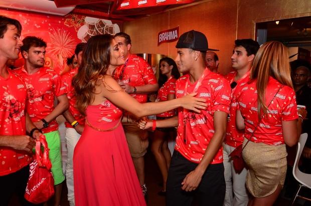 Juliana Paes e Neymar (Foto: Movimento Fixo/AgNews)