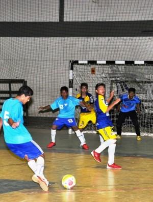 Decisão das semifinais vai reunir os melhores atletas da categoria do futsal roraimense  (Foto: Reynesson Damasceno (FRFS))
