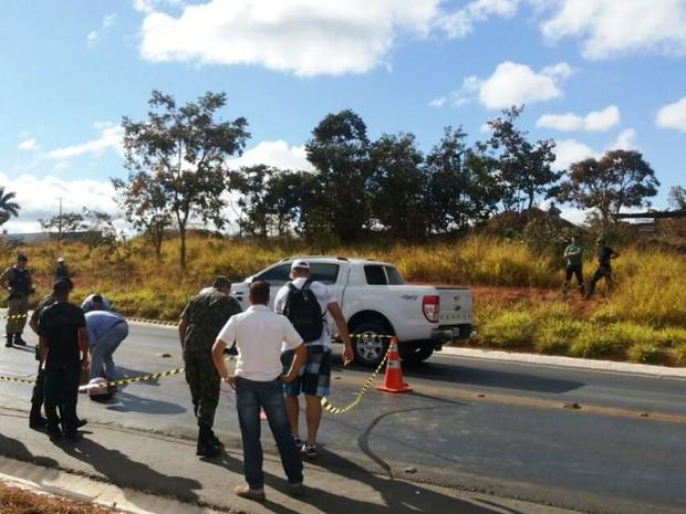 Acidente aconteceu no Anel Rodoviário Norte (Foto: Ana Cláudia Mendes / Inter TV)
