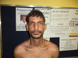 Ganso preso em Macaé (Foto: PM/Divulgação)