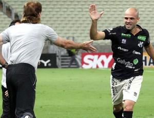 Anderson comemora gol do Ceará contra a Chapecoense (Foto: Lc Moreira / Futura Press)
