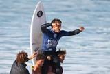 T�tulo mundial, rei de ondas grandes e futuro do Brasil: conhe�a Lucas Silveira
