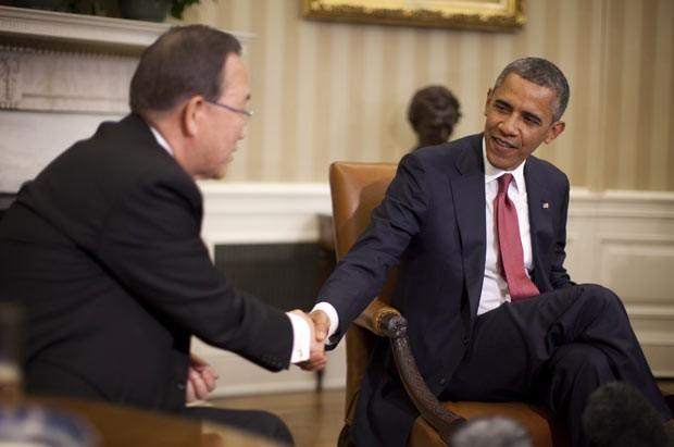 O secretário-geral da ONU, Ban Ki-moon, encontra o presidente dos EUA, Barack Obama, nesta quinta-feira (11) na Casa Branca (Foto: AFP)