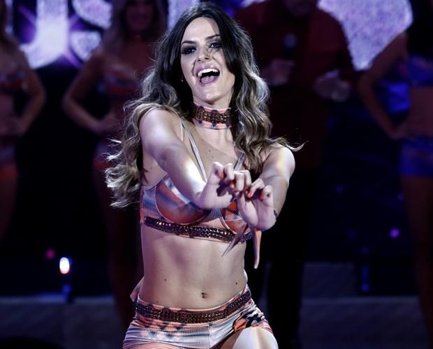 Alessandra Severo é cheia de pintinhas no peito e na barriga (Foto: Inácio Moraes / Gshow)
