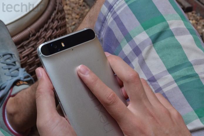 Nexus 6P com leitor de digitais (Foto: Melissa Cruz / TechTudo)