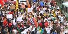 BH: grupo entra em confronto com a polícia (Denilton Dias/O Tempo/Estadão Conteúdo)