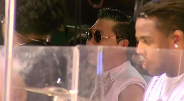 Psy no trio (Foto: Youtube / Reprodução)