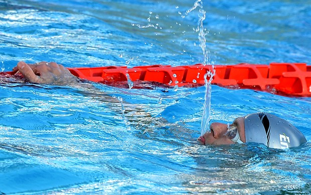 nata&#231;&#227;o Cesar Cielo ouro nos 50m em Roma (Foto: AFP)