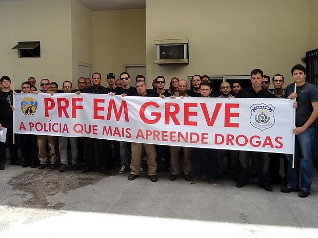 Ato da PRF lembra mortes de policiais no fim de semana na Bahia (Foto: Divulgação/ PRF)
