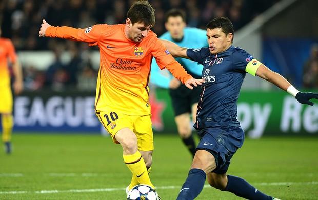 Messi e Thiago Silva jogo PSG Barcelona (Foto: AFP)