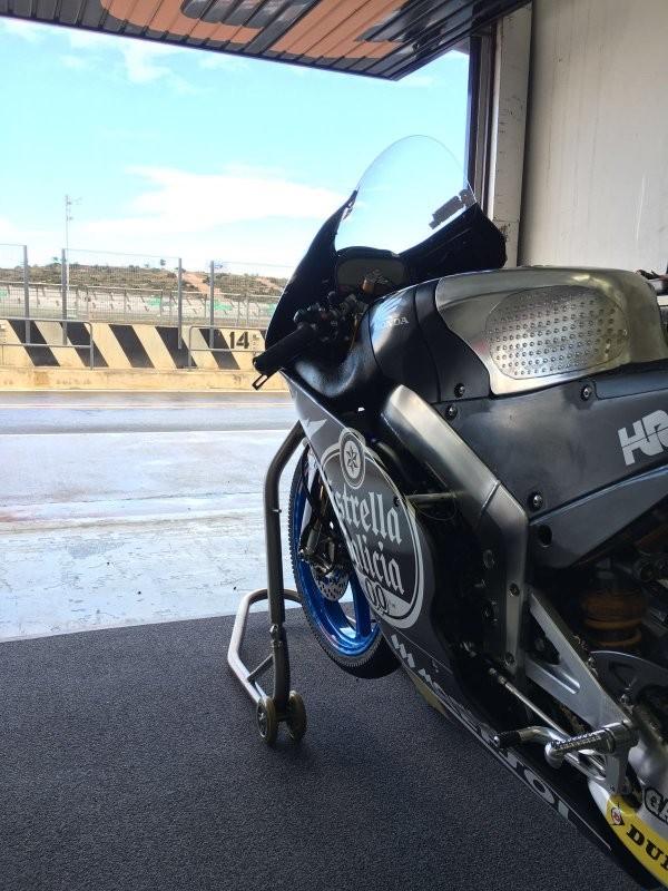 BLOG: Mundial de Moto2 e Moto3: Mais gente na pista no 2º dia de testes em Valência...