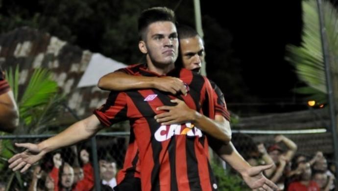 Nathan Atlético-PR (Foto: Site oficial do Atlético-PR/Divulgação)