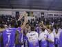 Macaé Basquete faz promoção de ingressos para jogo decisivo do NBB
