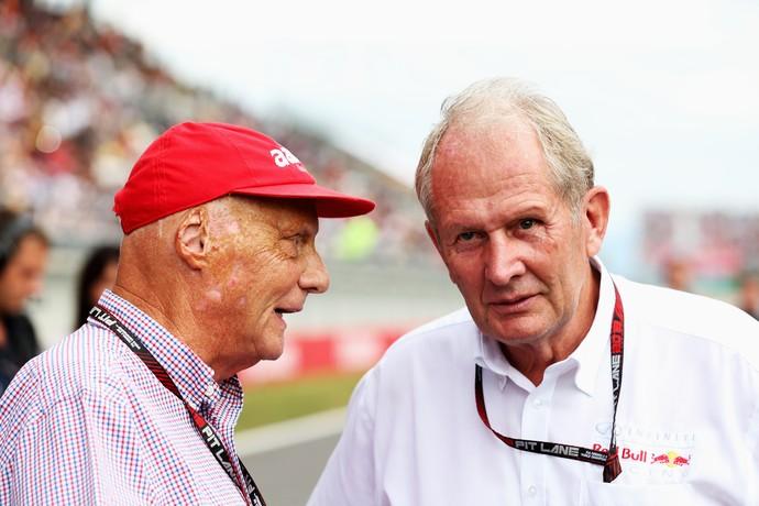 Niki Lauda e Helmut Marko, da RBR, no GP da Coreia de 2013 (Foto: Getty Images)