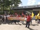 Ato reúne manifestantes em defesa do emprego e de direitos trabalhistas