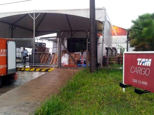 Galpão da Tam Cargo no Aeroporto Internacional de Viracopos, em Campinas (Foto: Lana Torres/G1Campinas)