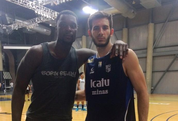 Danilo Siqueira e Lance Stephenson, treino Draft 2015 NBA basquete (Foto: Divulgação)
