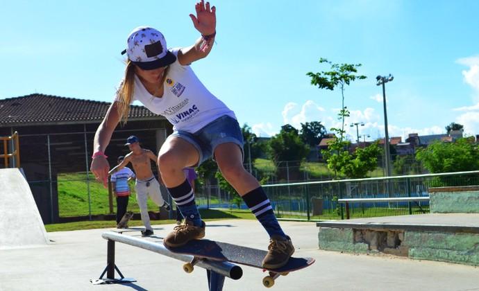 Pâmela Rosa skatista São José dos Campos (Foto: Danilo Sardinha/GloboEsporte.com)