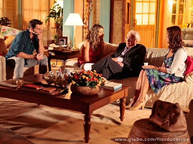 Ester sugere que Samuel encontre uma testemunha contra Dionísio (Foto: Flor do Caribe / TV Globo)