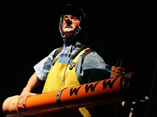 Espetáculo de palhaço trata sobre guerra e liberdade (Foto: Divulgação)