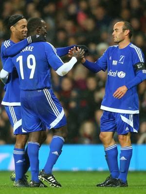 Ronaldinho e York amistoso Beckham (Foto: Getty Images)