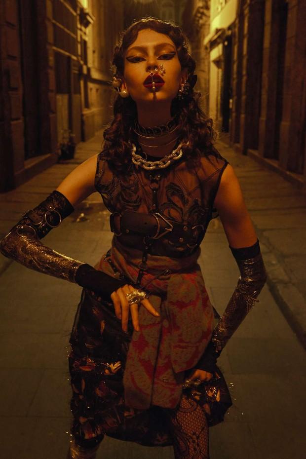 Punk Barroco (Foto:  Zee Nunes/ Arquivo Vogue)