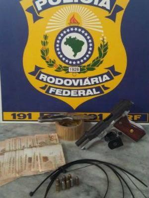 Prisão trio 365 (Foto: Polícia Rodoviária Federal/Divulgação)