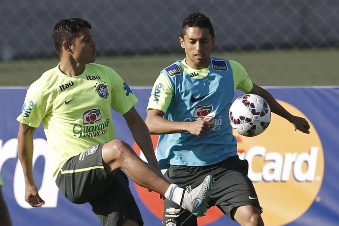 Thiago Silva Marquinhos treino Seleção Copa América 2015 (Foto: AP)
