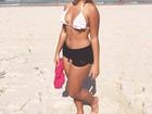 Danielle Favatto posta foto de shortinho e ganha elogios na web
