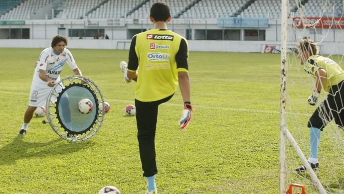 Ronaldo garante que os goleiros do Papão estão preparados para as penalidades (Foto: Marcelo Seabra/O Liberal)