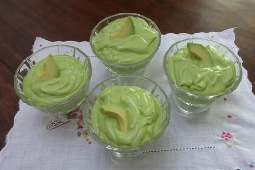 Mousse de Abacate e Coco