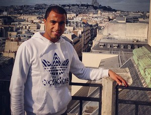 Lucas em Paris (Foto: Reprodução / Instagram)