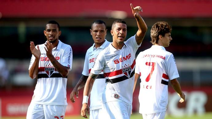 AntoniO Carlos São Paulo gol Oeste (Foto: Daniel Teixeira / Agência Estado)