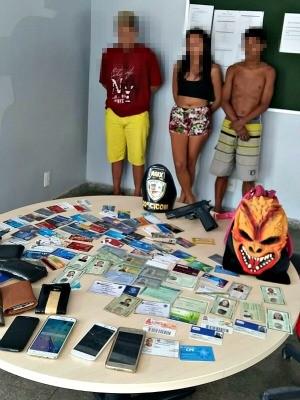Dois adolescentes e uma jovem confessaram o crime para polícia (Foto: Divulgação PM)